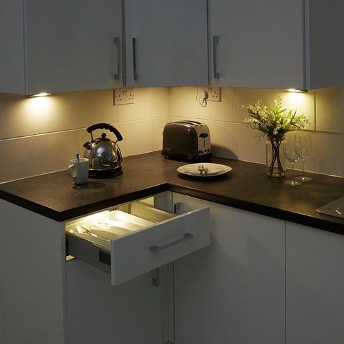 Illuminazione led faretti led bagno e cucina lampadine led bagno e cucina - Illuminazione bagno led ...