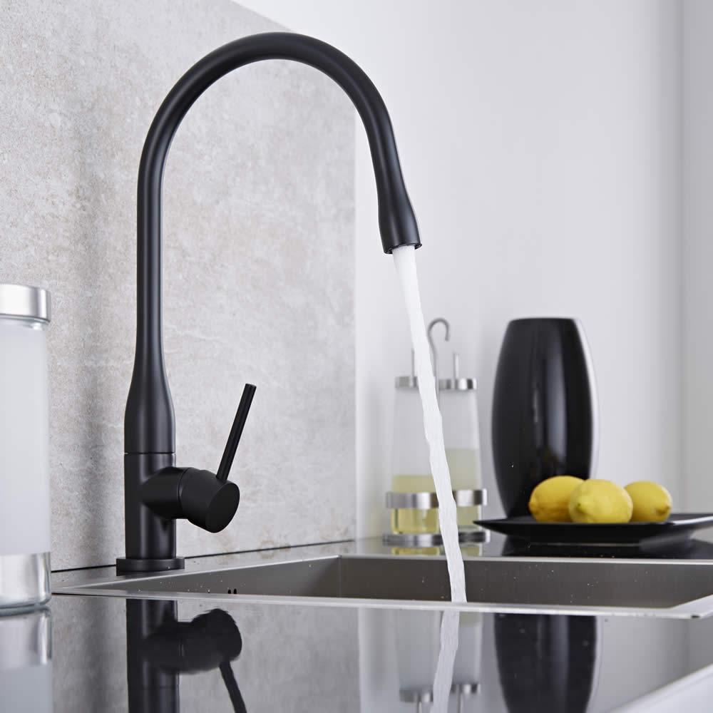 Rubinetto miscelatore lavello cucina retro colore nero - Lavello cucina nero ...