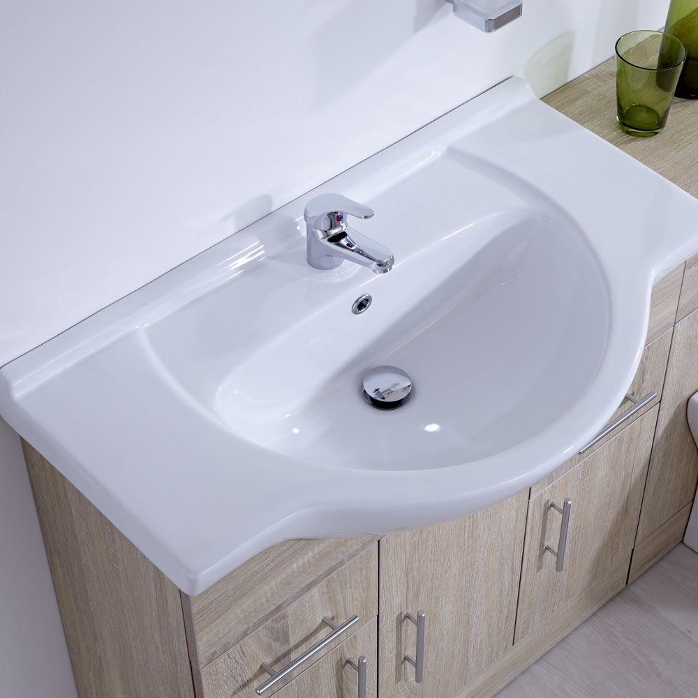 Mobile bagno colore rovere con lavabo e sanitario for Lavabo e mobile bagno