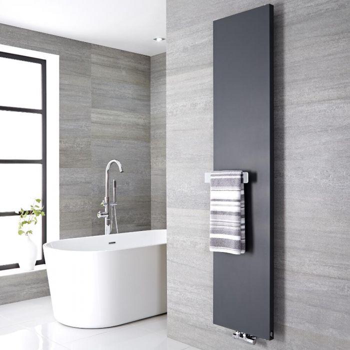 Radiatore di Design Verticale con Porta Asciugamani - Acciaio - Attacco Centrale - Antracite - 1820mm x 400mm x 40mm - 842 Watt - Rubi