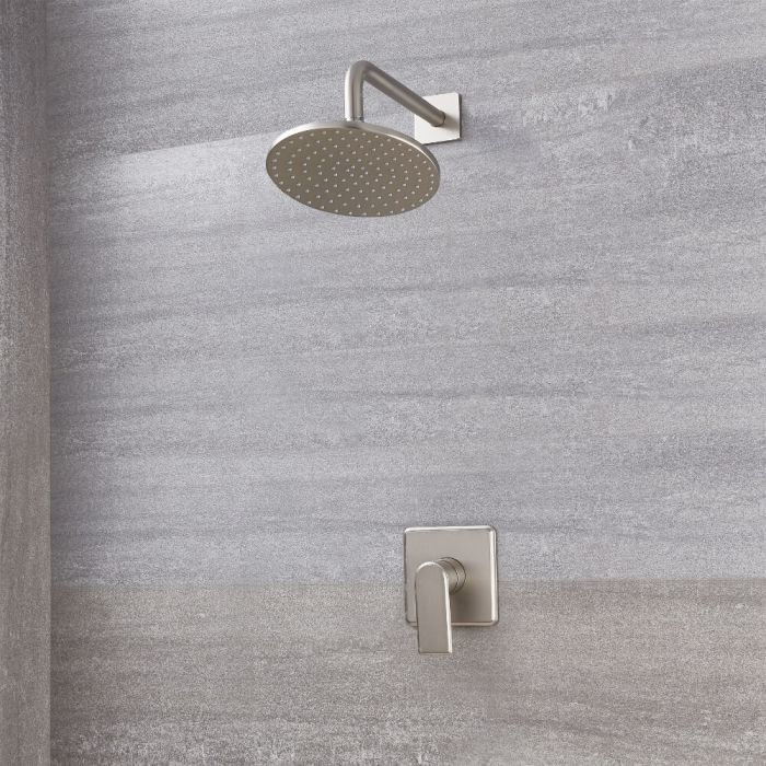 Soffione Doccia Circolare 200mm con Miscelatore Doccia Manuale con Finitura in Nichel Spazzolato - Aldwick