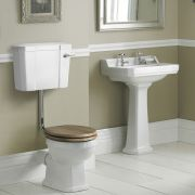 Set Bagno Completo di Lavabo e SanitarioTradizionale con Cassetta Bassa e Scelta di Sedili Copri WC - Ceramica Bianca