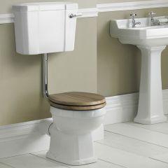 Sanitario con Vaso Tradizionale, Cassetta Bassa in Ceramica, Sedile e Scelta di Sedili Copri WC Soft Close