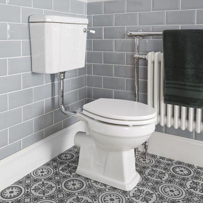 Sanitario con Vaso Tradizionale, Cassetta Bassa in Ceramica, Sedile e Scelta di Sedili Copri WC Soft Close - Richmond
