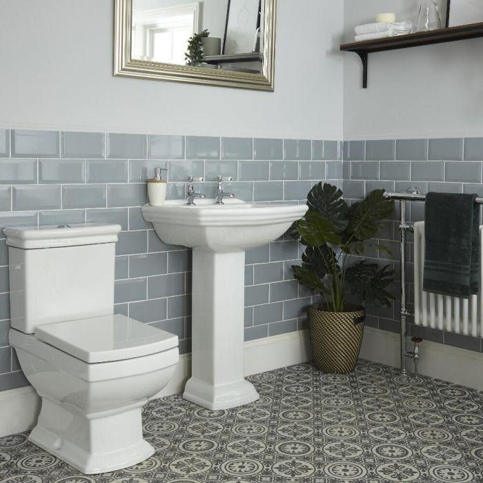 Set Bagno Tradizionale Completo di Sanitario WC Monoblocco e Lavabo su Colonna - Chester