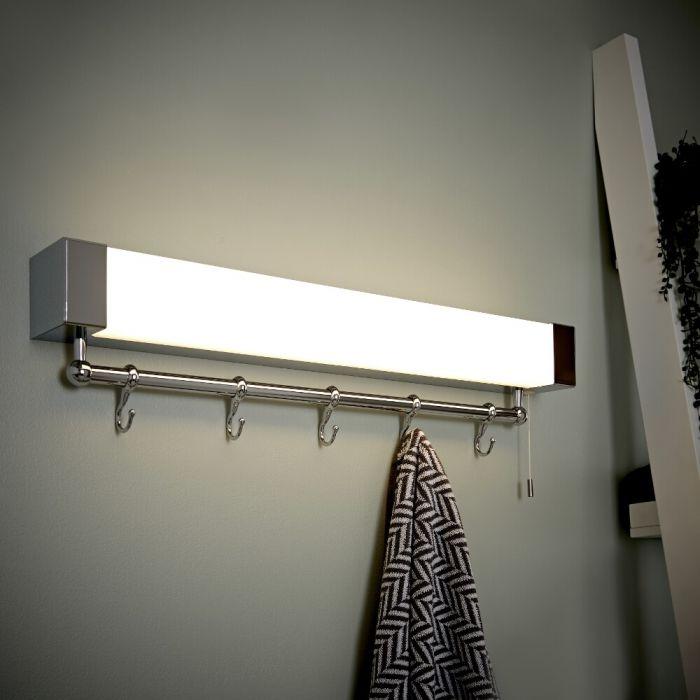 Mensola con Illuminazione LED e Appendino per Accappatoio e Asciugamani - Achen