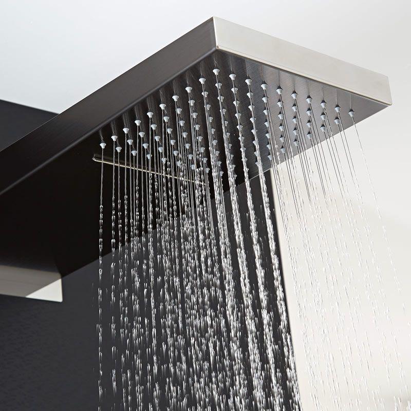 Pannello doccia in idromassaggio termostatico integrato for Doccia a cascata