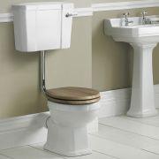Sanitario con Vaso Tradizionale, Cassetta Bassa in Ceramica, Sedile e Copri WC Soft Close